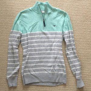 Vineyard vine xs pull over sweater new